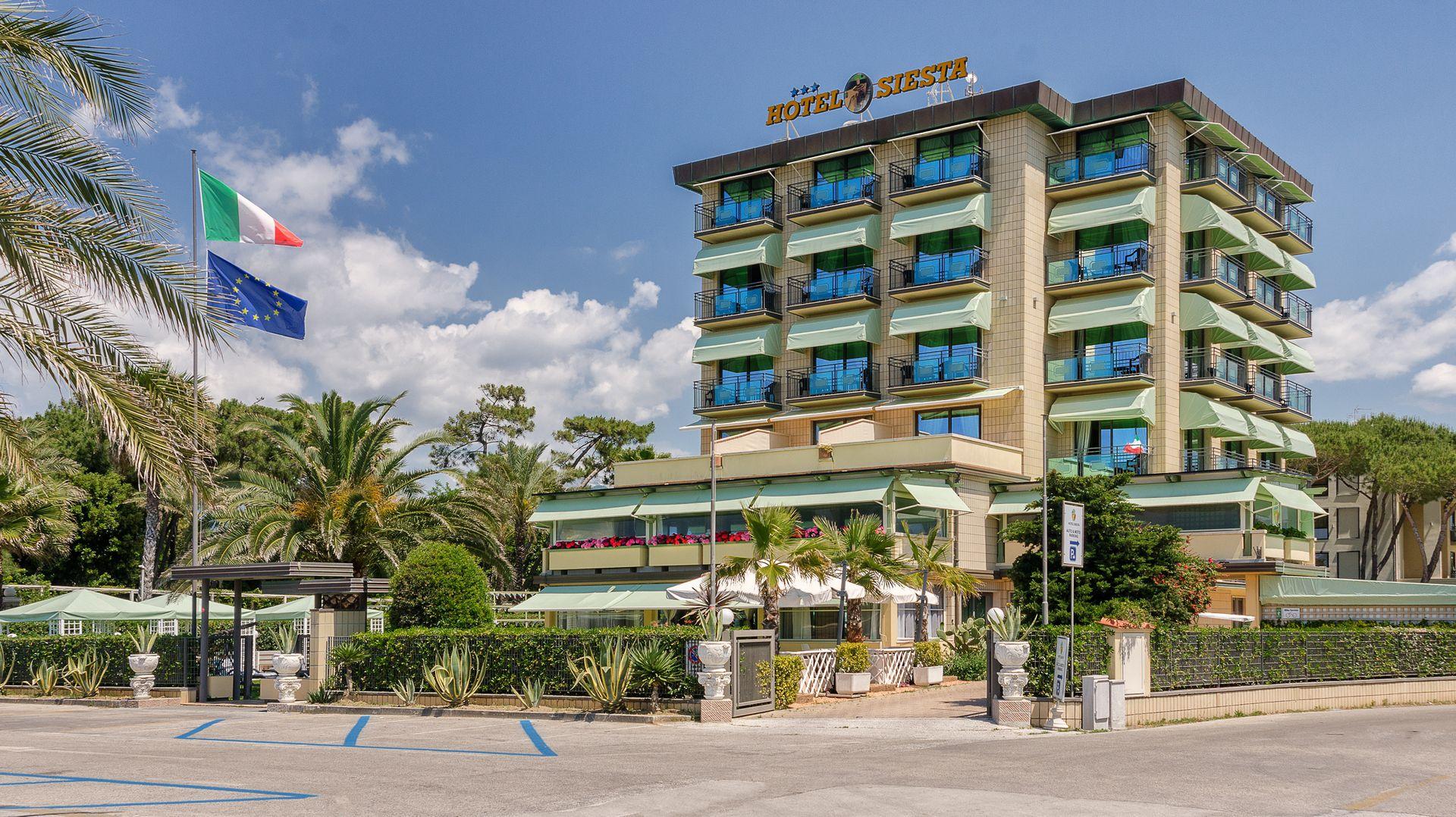 Hotel Siesta a Lido di Camaiore albergo Versilia 3 stelle bed ...